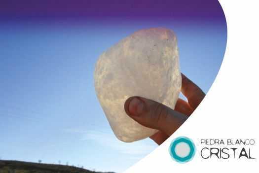 Transparent pebbles, transparent boulder, transparent alabaster boulder