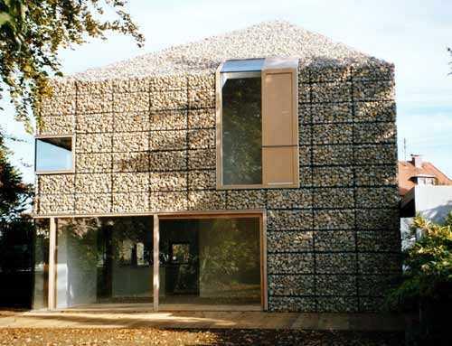 Gaviones de piedra en arquitectura belleza durabilidad for Gaviones de piedra