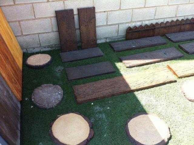 Pasos japoneses y traviesas prefabricados traviesas de for Bordillos de hormigon para jardin