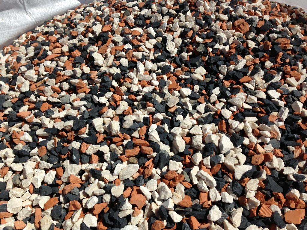 IMG_6756_brique-pilee-tricolore