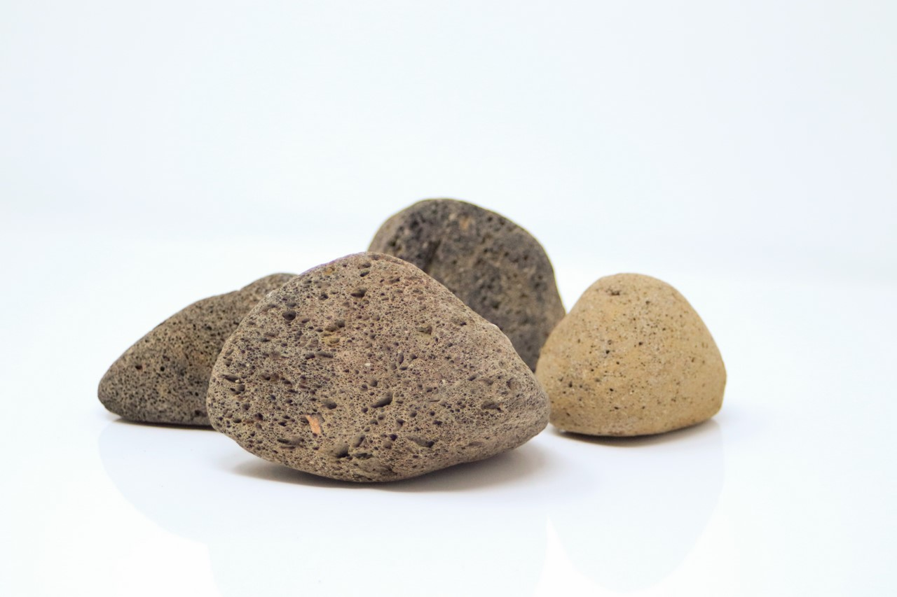 Canto rodado de piedra volcanica