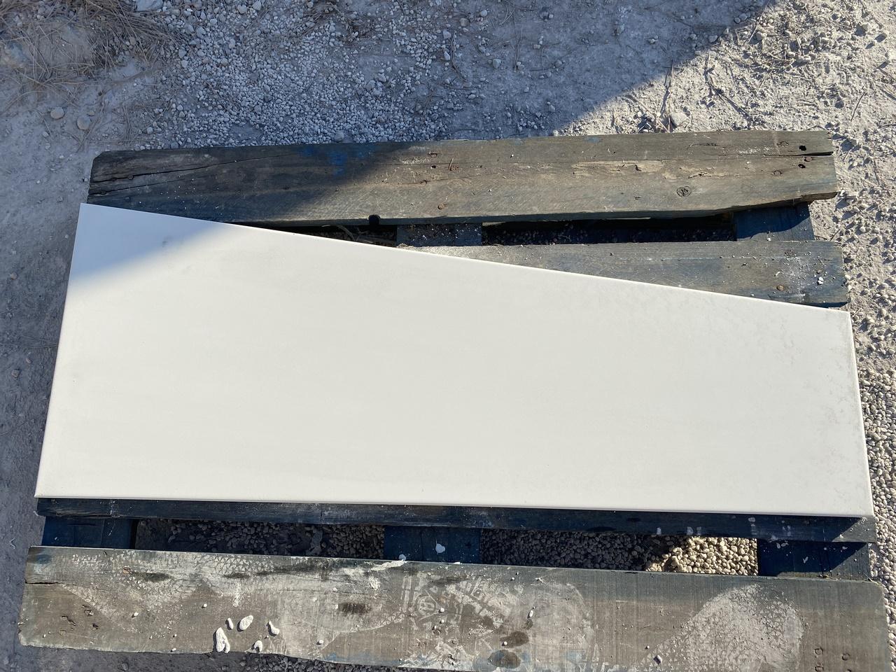 Losa-hormigon-blanco-trapecio-Vetonek-TrapeZ_IMG_8940 1280×960
