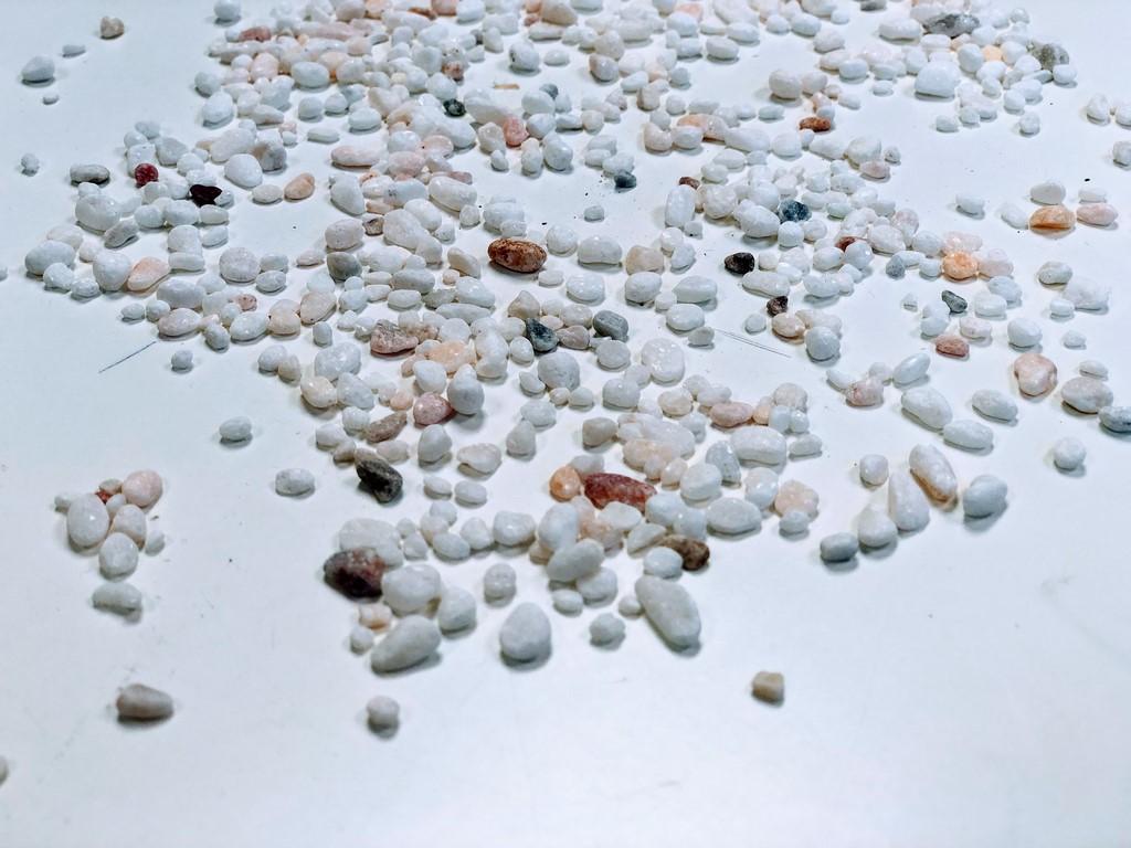 galet-blanc-rose-resine_IMG_5235_marbre