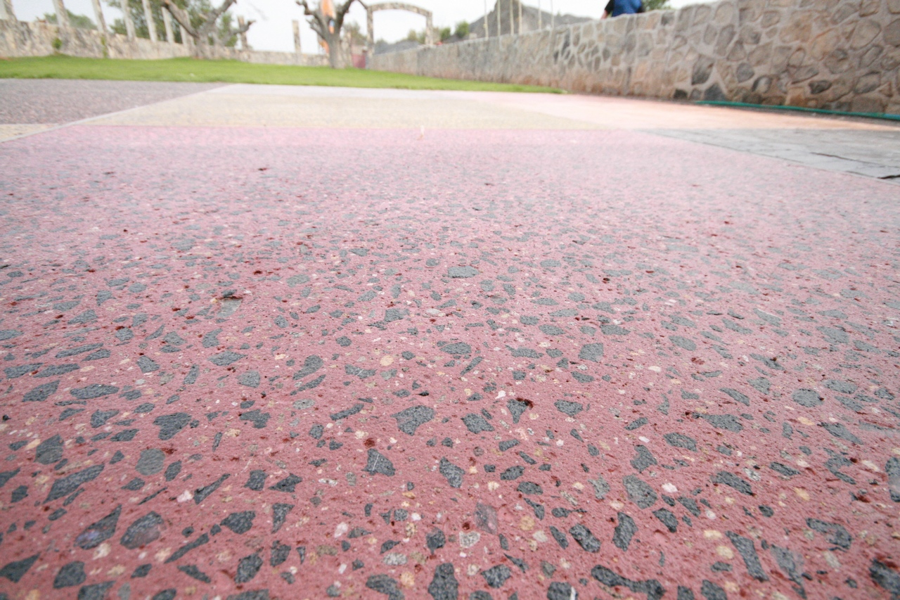 hormigon-desactivado-jardin-IMG_2648-1280×853-2