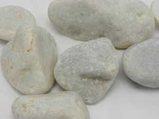 Igea white pebbles and cobbles
