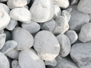 beach white pebbles