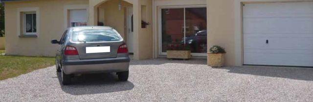zonas de aparcamientos y parking con gravilla hormigon