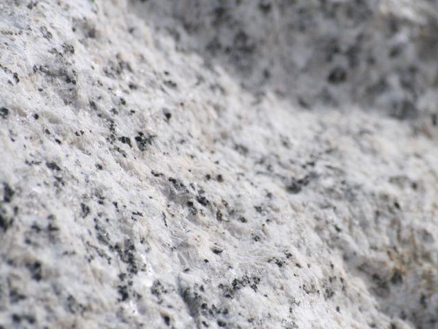 Rocalla roca monolito para jardin japones